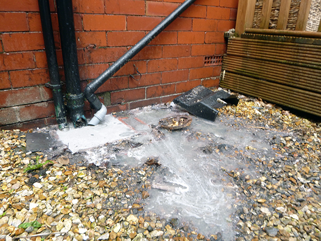 Drains - Blocked Gully (1)
